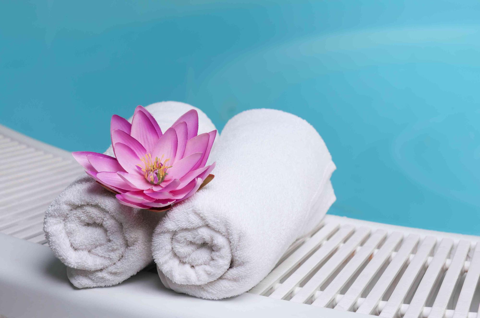 Foot Reflexology Back Massage Hot Stone Massage Smithtown Ny